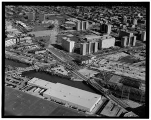 1999 photograph looking northeast on Chicago's now demolished Cabrini-Green housing project, one of many urban renewal efforts.